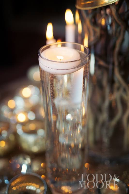 Yorkshire Wedding Planner, Luxury Yorkshire Wedding Venue, Floating Candle Table Centrepiece
