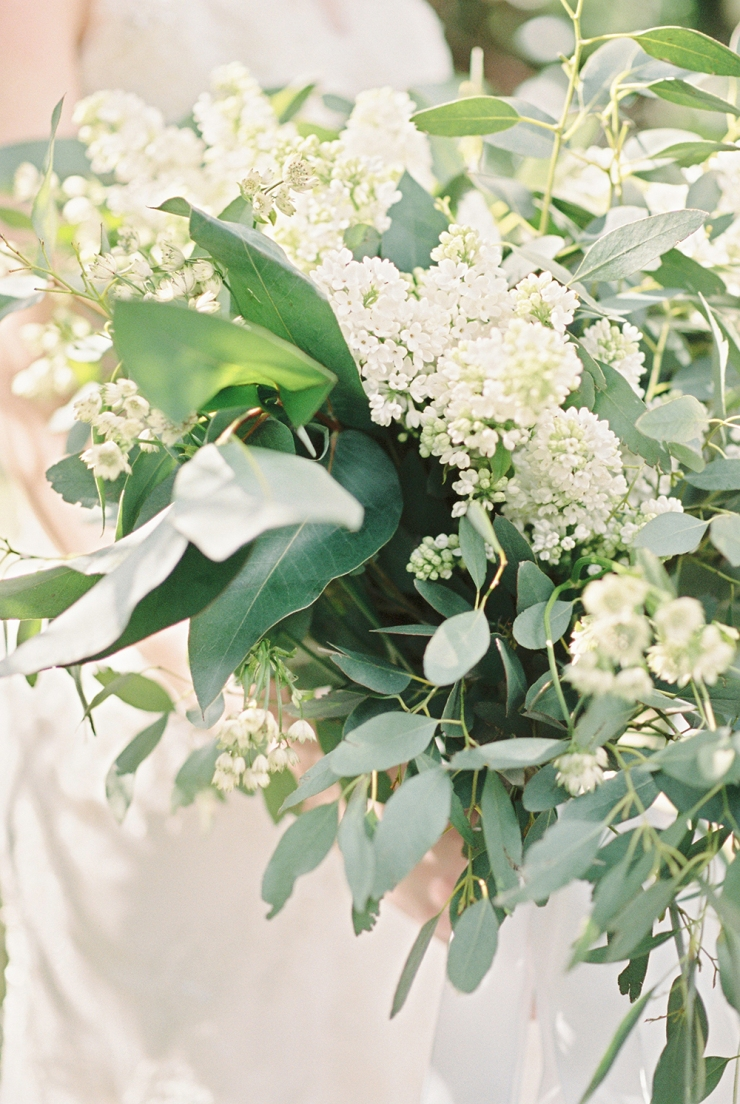 bride,bouquet,weddingflowers,greenandwhite,eucalyptus,yorkshireweddingflowers,luxuryflorist