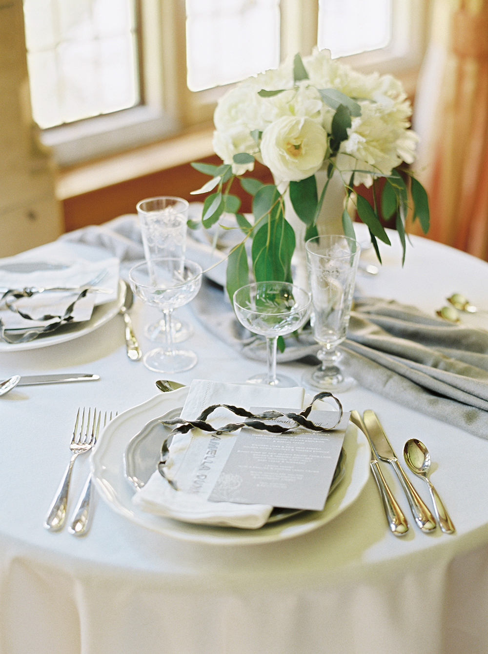 weddingstationery,weddingmenu,sweethearttable,peonycentrepiece,