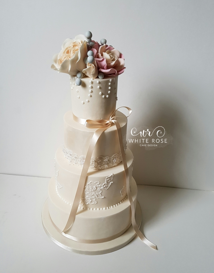 rose wedding cake,rose and ivory wedding cake,